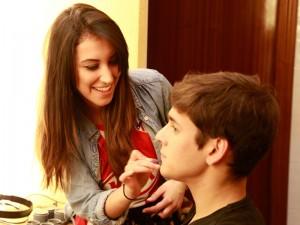 Maquillando a Jesús Lavi